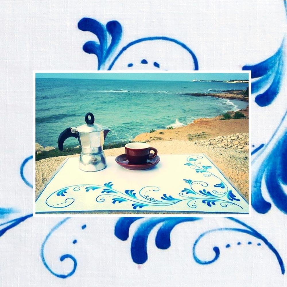 tovaglietta-blu-colazione